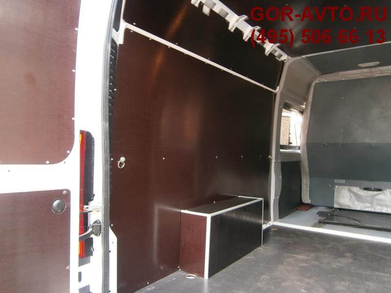 обшивка грузопассажирского фургона
